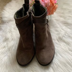 Lucky Brand brown suede leather boots, size 9